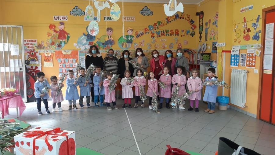 """images Al Comprensivo di Cropani-Simeri Crichi le scuole dell'infanzia aprono le danze dell'amicizia con il progetto """"Piacere di conoscerti"""""""