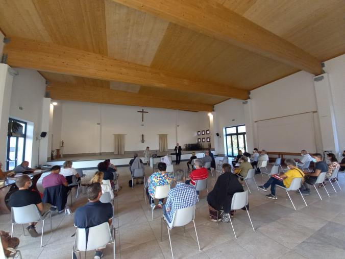 images Catanzaro. Al via oggi la tre giorni del convegno biblico diocesano alla Parrocchia Santa Teresa di Gesù Bambino