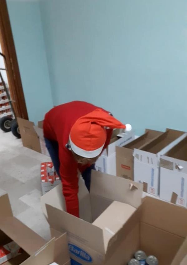 """images Sociale. A Cropani continua l'impegno dell'associazione """"Ginevra"""" a favore dei bisognosi"""