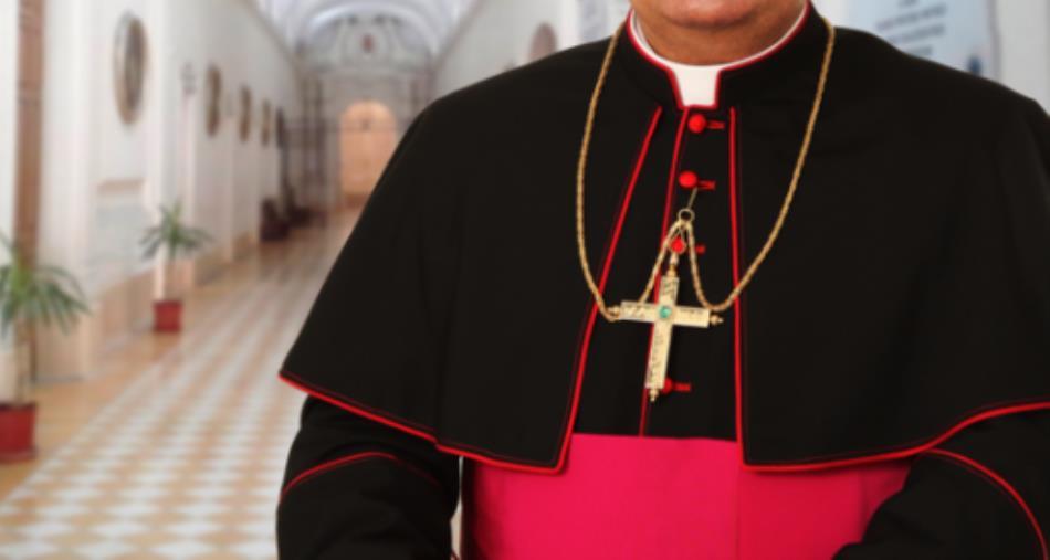 """""""Basso profilo"""". L'inchiesta di Gratteri non risparmia neanche la Chiesa: presunte intercessioni con generali della Finanza"""