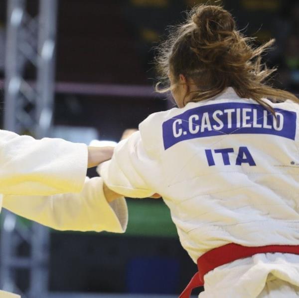images La judoka catanzarese Chiara Castiello vince l'argento ai Campionati italiani cadette