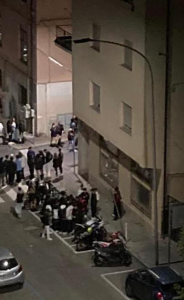 images Rissa vicino ai giardini di San Leonardo: Polizia sul posto