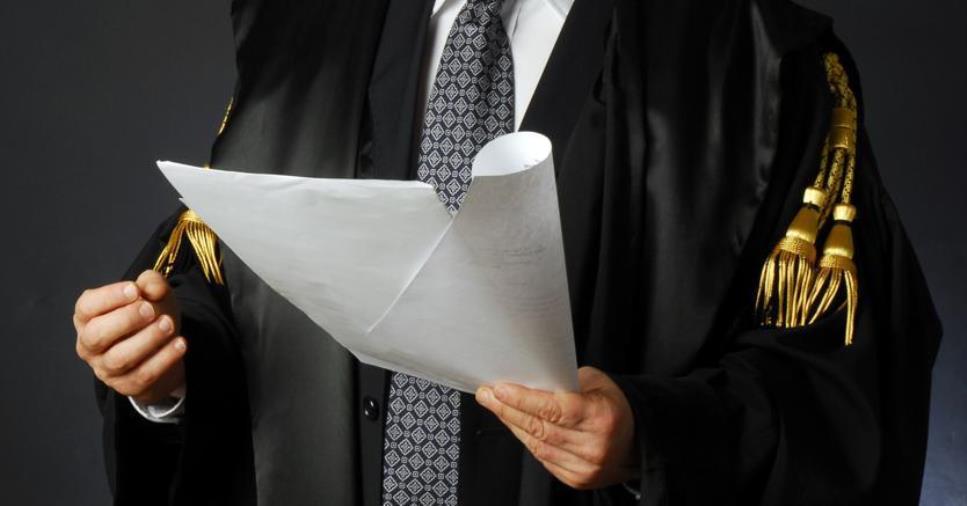 """images Vaccini. Le Camere penali contro Longo: """"Dosi agli uffici giudiziari ma si è dimenticato degli avvocati"""""""