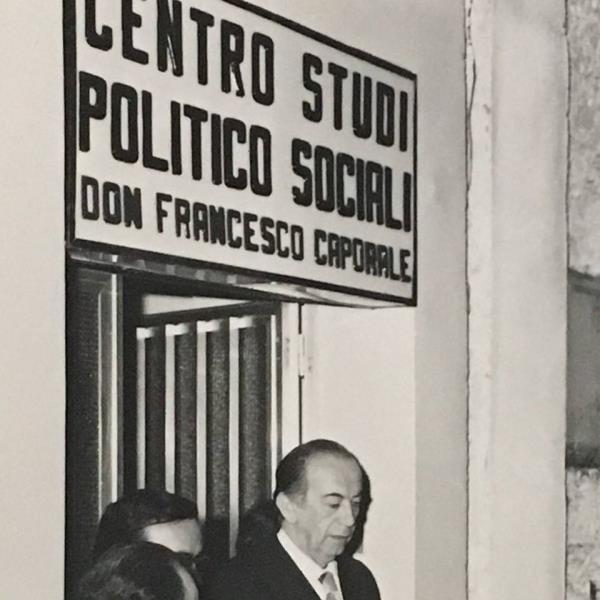 """images Alta velocità ferroviaria in Calabria, il Centro studi 'Don F. Caporale': """"Serve un emendamento per inserire un progetto nel Recovery fund"""""""