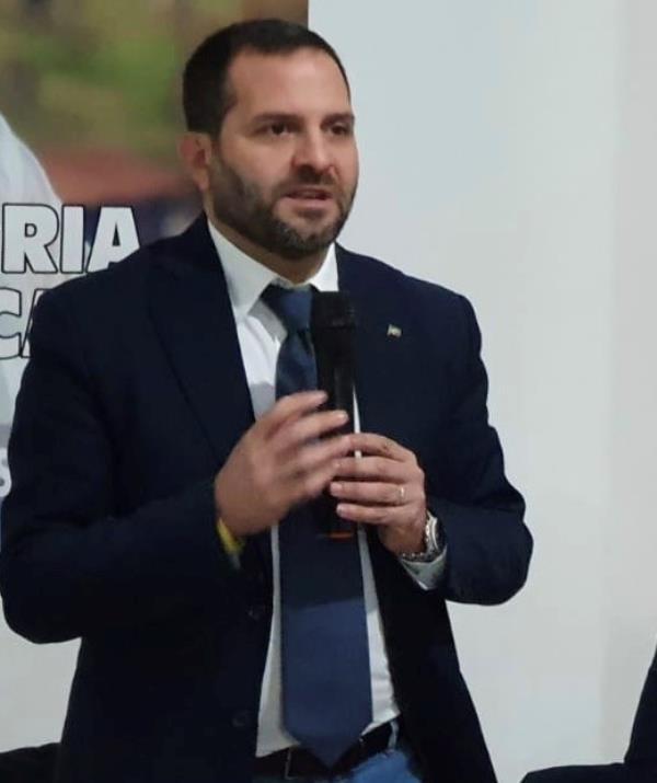 """images Santacroce lascia FI, botta e risposta con Tallini: """"La coerenza non è il suo forte. Dovrebbe stare in silenzio"""""""