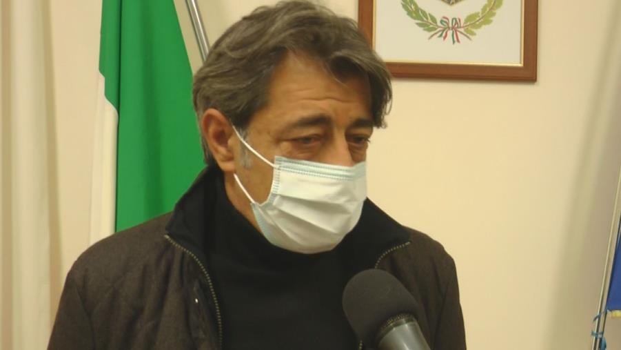 """images Villette sequestrate a Caminia. Il sindaco di Stalettì: """"Gli occupanti non hanno accettato di risanare la situazione, la sentenza andava eseguita"""" (VIDEO)"""