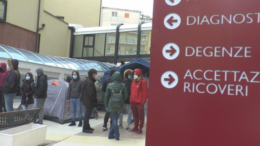 """images S. Anna Hospital. Mancuso, Riccio e Critelli: """"Perché l'Asp non paga quanto spetta alla struttura?"""""""