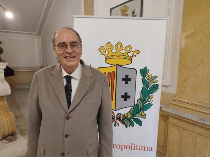 """images Reggio Calabria. Minicuci propone l'istituzione di un collegio antiburocrazia: """"Rompere un modus operandi che danneggia il cittadino e l'Ente"""""""