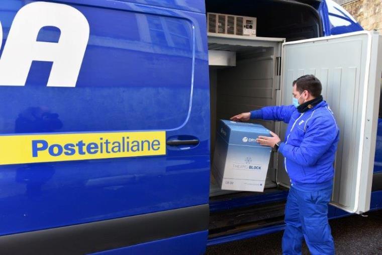 """images Sono in consegna in queste ore, con i furgoni di Sda, 4.700 dosidi vaccini """"Moderna"""""""
