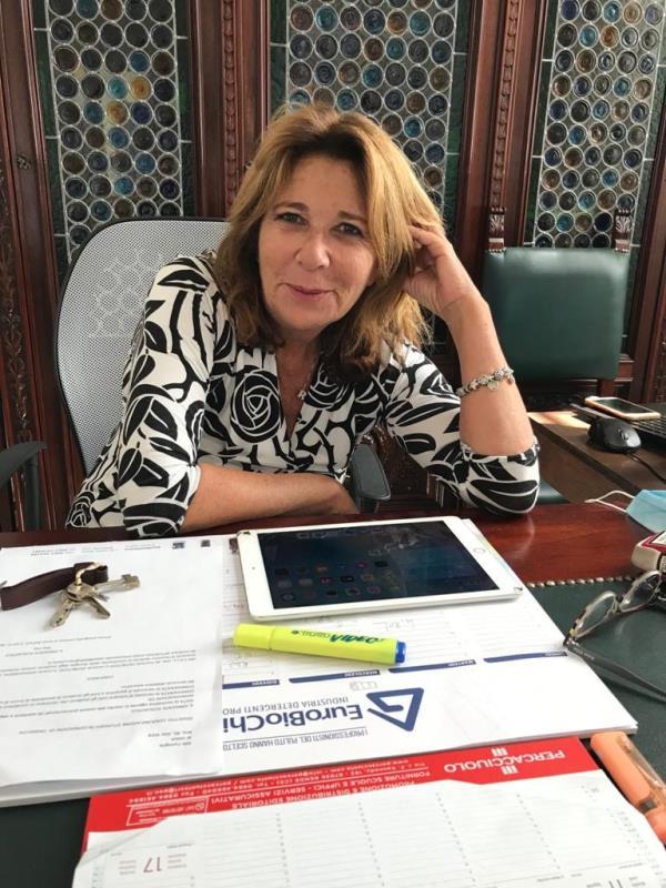 """images Magna Graecia school in the city. La preside Rita Elia: """"Bellissima finestra sul mondo del cinema per i miei studenti"""""""