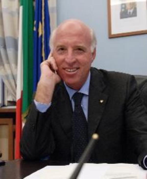 images Morto il prefetto Carlo Mosca. Il ricordo di Mario Caligiuri, Direttore Master in Intelligence Università della Calabria