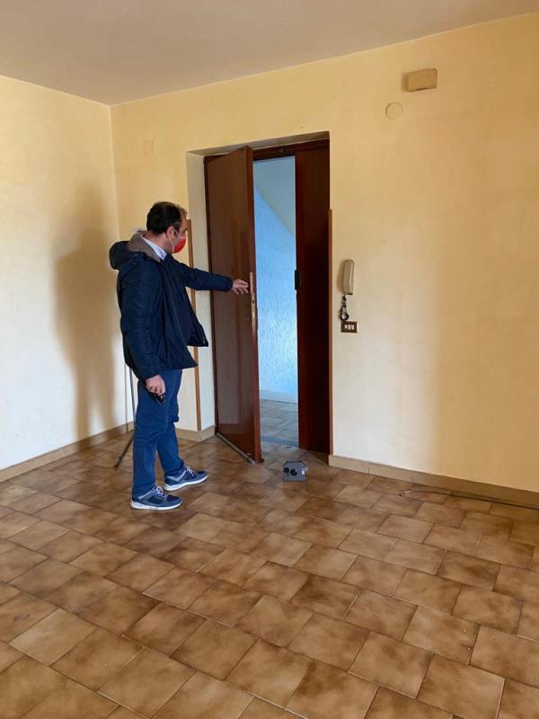 images Maida. Dopo 20 anni c'è la nuova graduatoria di assegnazione delle case popolari: il Comune consegna tre appartamenti
