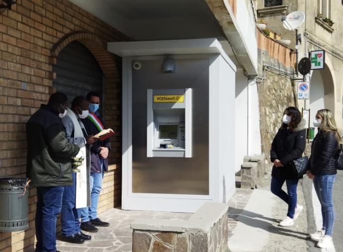 """images Installato Atm Postamat a Cerva, il sindaco: """"Un servizio importantissimo reso alla comunità"""""""