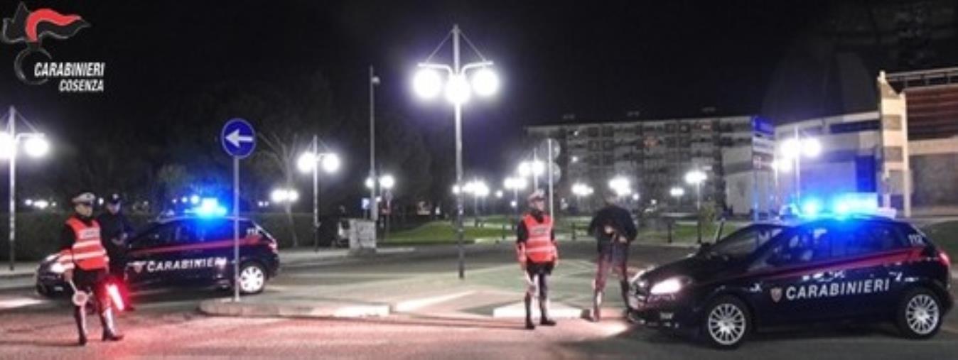Rende, controlli anti-Covid dei carabinieri: 21 persone multate nel weekend