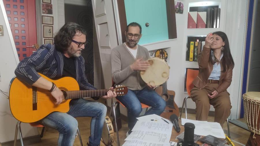 """images """"La Calabria che suona. Storie di musici e dintorni"""" è nella scena reggina con Nino Stellittano e Marinella Rodà"""