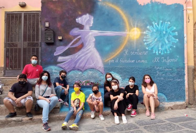 images A Crotone, con la Cooperativa sociale One matematica e geometria si imparano attraverso l'arte