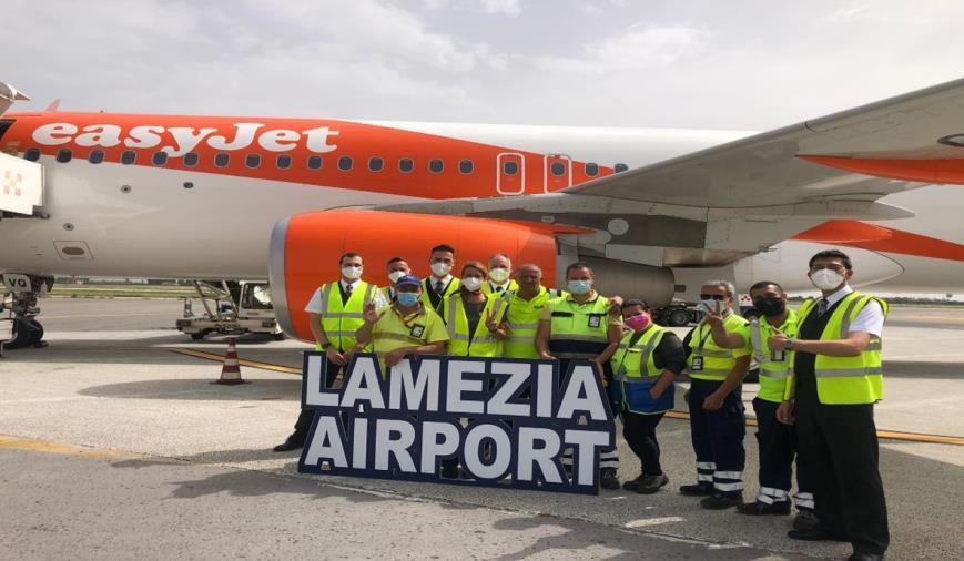 images L'Aeroporto di Lamezia Terme accoglie il primo volo EasyJet proveniente da Berlino