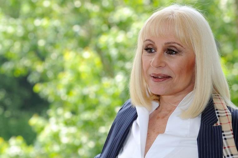 images E' morta Raffaella Carrà. La regina della televisione italiana aveva 78 anni