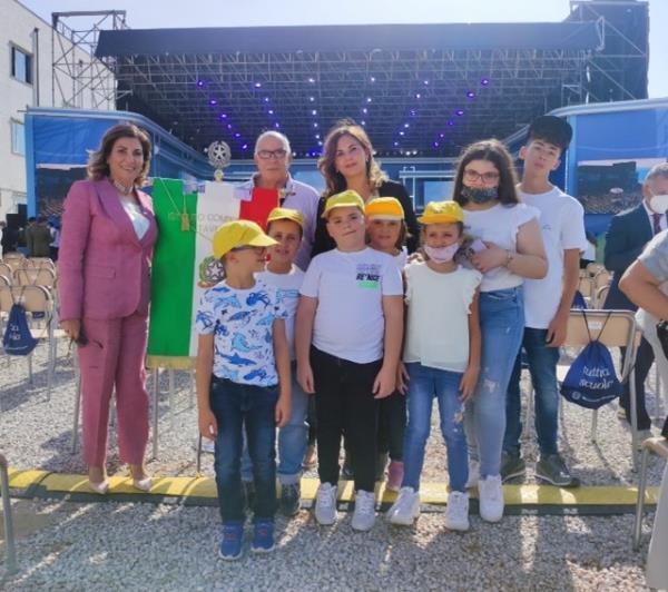 images All'inaugurazione dell'anno scolastico a Pizzo con il presidente Mattarella c'era anche l'Ic di Taverna