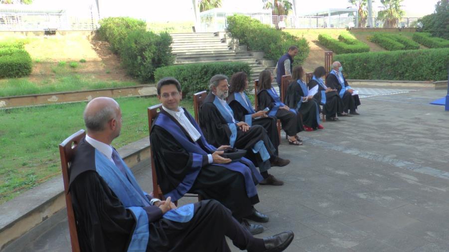 """images Catanzaro. Con il """"Graduation day"""" l'Umg mette fine alla didattica a distanza: consegnate le pergamene"""
