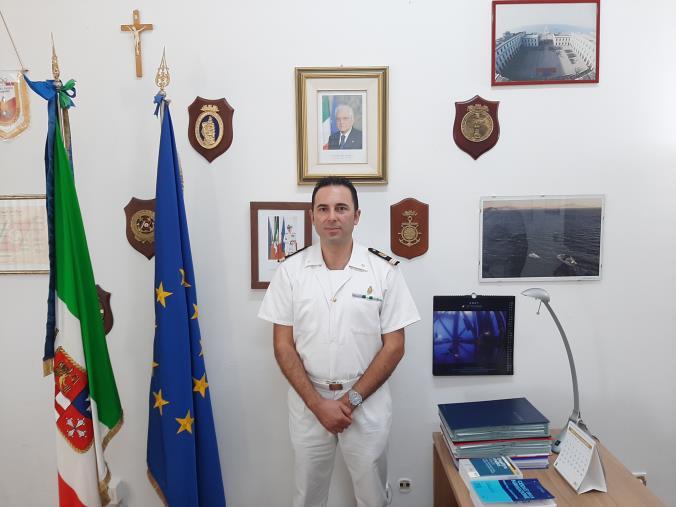 images Ufficio locale marittimo di Catanzaro, si è insediato il nuovo comandante Umberto Surace