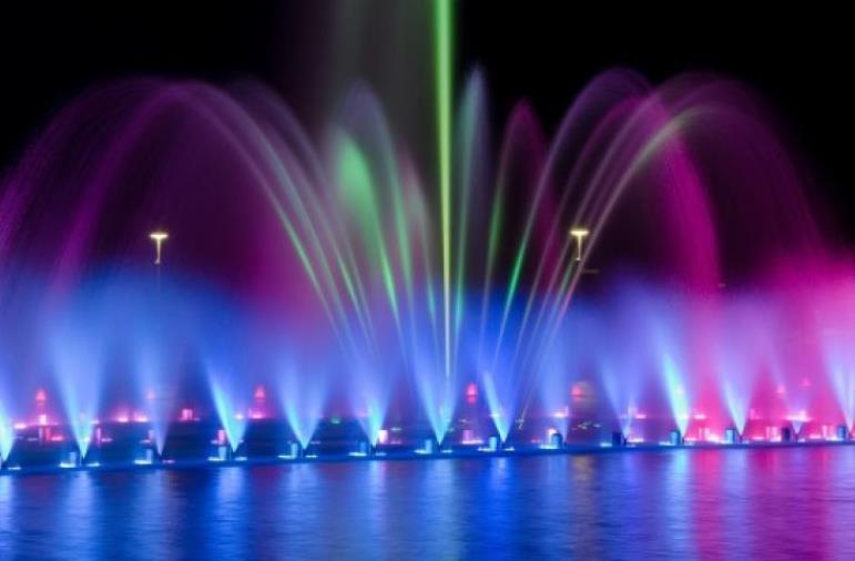 images Soverato. In arrivo il grande spettacolo delle fontane danzanti