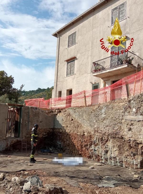 images Scalea, operaio di 58 anni perde la vita cadendo da un edificio in ristrutturazione