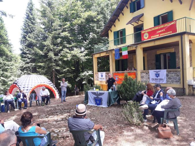 """images Destinati alla """"Stazione Aspromonte  """" alcuni locali di un bene consegnato al Club Alpino Italiano"""