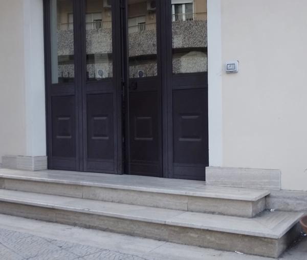 images Barriere architettoniche a Catanzaro, la questione approda al Comune