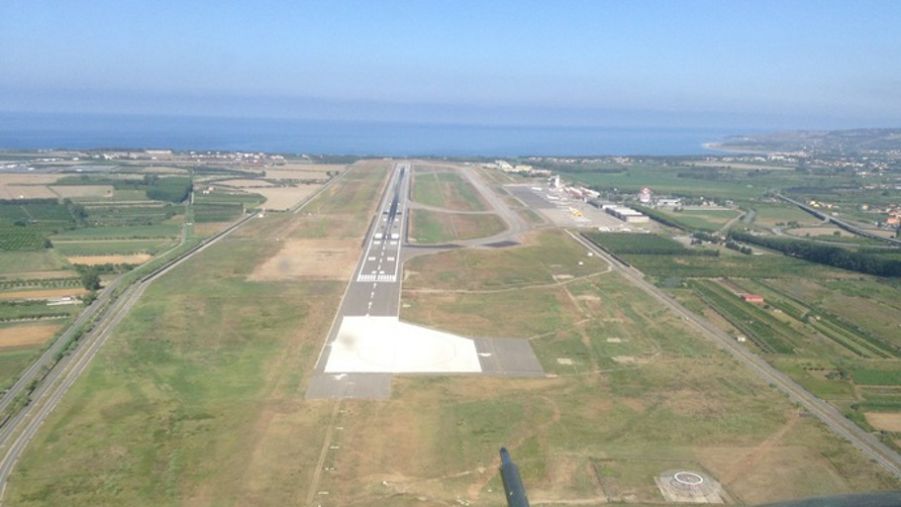 """images Aeroporti, Cgil: """"Buone performance. Ora stabilizzare personale Lamezia e Crotone"""""""