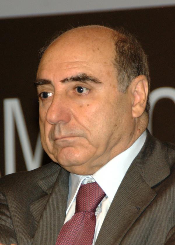 """images La riflessione. Agazio Loiero: """"La Calabria attraversa una delle sue crisi più dure"""""""