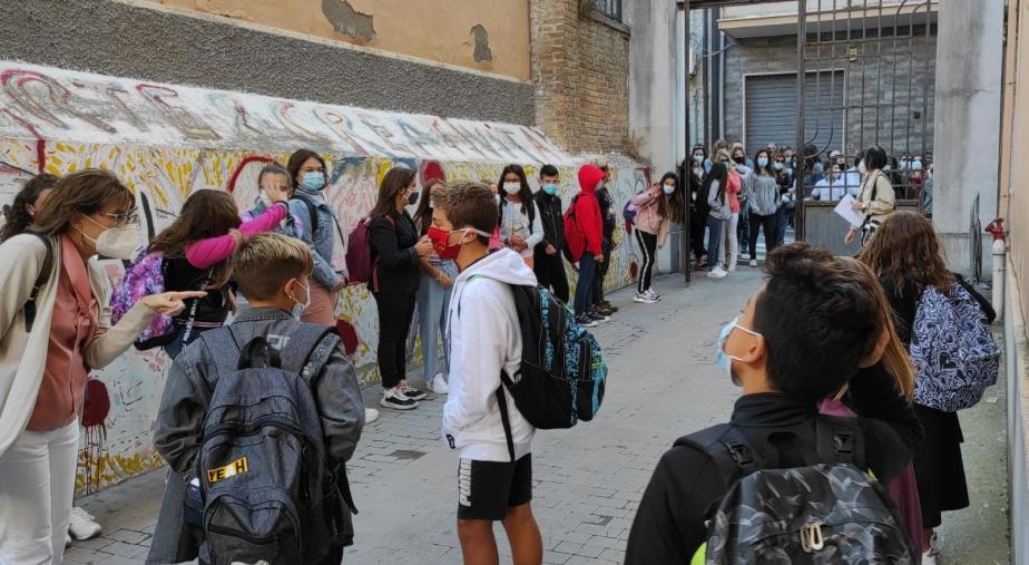 images Le incognite della Scuola. In Calabria ancora senza vaccino in 15 mila fra docenti e operatori