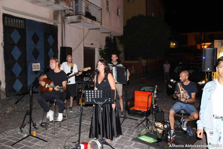 "images ""Tarantella di fine estate"" a Falerna con Angela Bianco ed i Castrum in quartet"