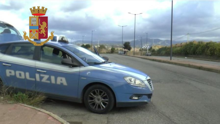 Reggio Calabria, furti d'auto a ripetizione: le prove della scientifica inchiodano un 35enne