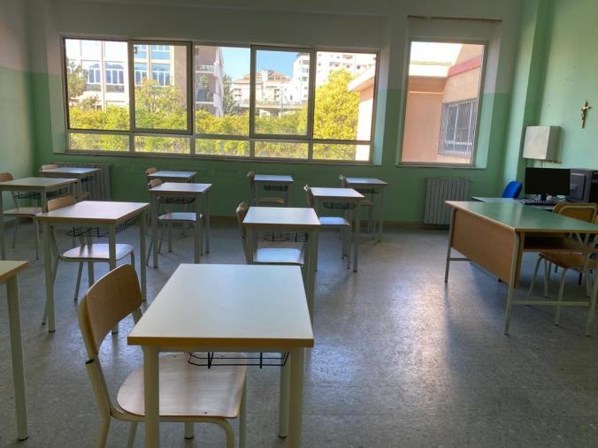 """images Cosenza. Il preside del liceo classico """"Telesio"""": """"Non ci sono le condizioni per il 100% in presenza"""""""