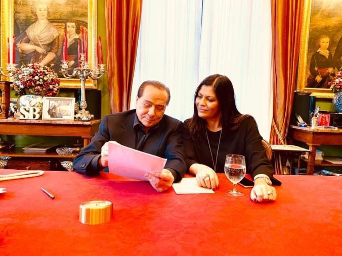 """images REGIONALI. Berlusconi: """"Il 26 gennaio in Calabria il voto utile è a Forza Italia"""""""
