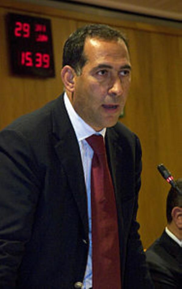 """images Regionali. Nella lista 'Oliverio presidente' anche l' ex deputato del Pd, Bruno """"Brunello"""" Censore"""