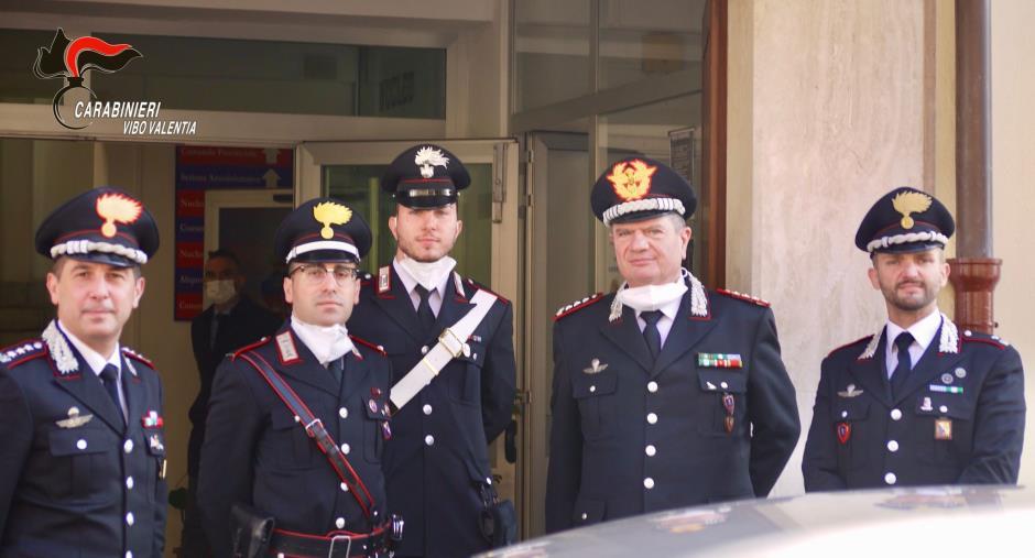 """images Il Comandante Interregionale Carabinieri """"Culqualber"""" in visita alla Caserma dei carabinieri di Vibo Valentia (FOTO)"""