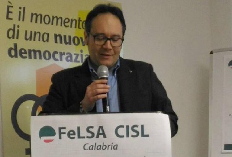 """images Lavoratori in somministrazione all'Aou Mater Domini. Barletta (FeLSA Cisl Calabria): """"Sciopero inevitabile"""""""