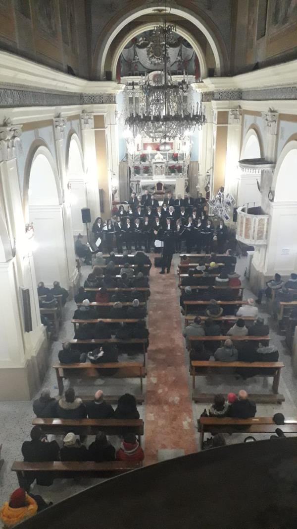 """images """"Christmas Concert""""a Sersale, pomeriggio di note nella chiesa madre (VIDEO)"""