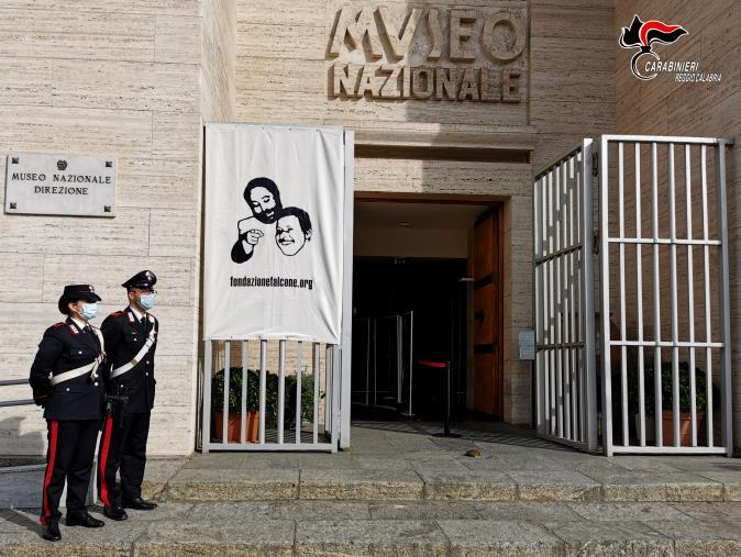 images Lotta alla mafia. Al Museo Archeologico Nazionale i carabinieri di Reggio ricordano Falcone Borsellino