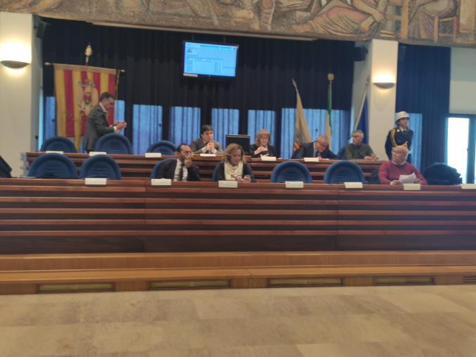 """images Il Consiglio comunale di Catanzaro pronto a prorogare il contratto della Catanzaro Servizi """"stroncato"""" dal Mef"""