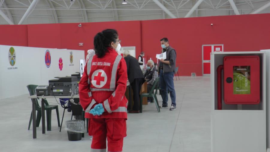"""images Vaccini. La Croce rossa all'Ente fiera. La presidente Nagero: """"Partecipiamo a un momento storico"""""""