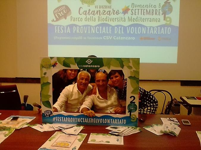 """images I volontari di Catanzaro protagonisti della svolta """"verde"""": l'8 settembre al Parco (FOTO E VIDEO)"""