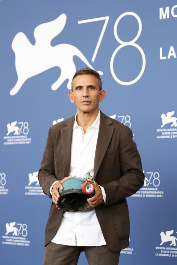 images Festival di Venezia. Frammartino, regista di origini calabresi, riceve il Premio speciale della giuria (TUTTI I PREMIATI)