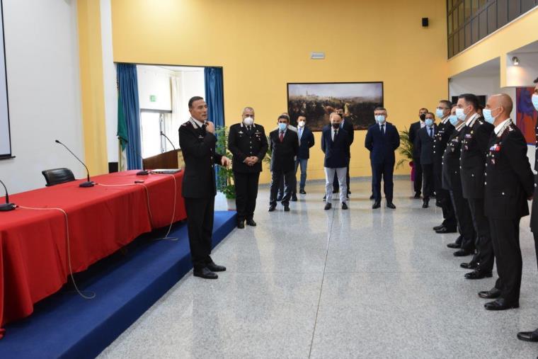 images Cambio di guardia nell'Arma. Il saluto del Generale di Brigata Andrea Paterna, trasferito a Roma