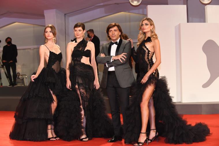 images Lo stilista lametino Anton Giulio Grande protagonista al festival del cinema di Venezia