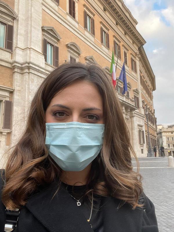 """images La sottosegretaria Dalila Nesci: """"In Calabria serve un piano strategico per infrastrutture, sostegno, innovazione Pmi e modernizzazione Pa"""""""