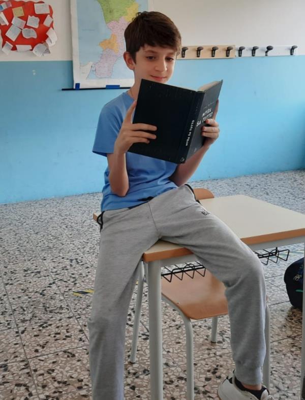 """images Catanzaro. Danilo Ciambrone vince il concorso letterario """"V. Tanferna"""" con la sua riflessione sul ricordo di chi non c'è più"""