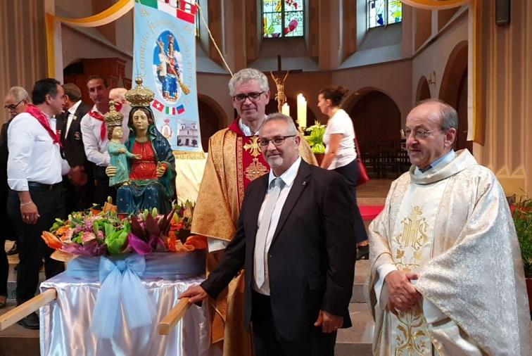 images Chiaravalle, Svizzera e Liechtenstein uniti dalla fede nella Madonna della Pietra (VIDEO)